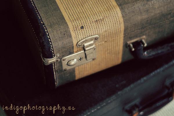 vintage-suitcases-e